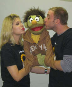 Avenue Q, kissing Nicky